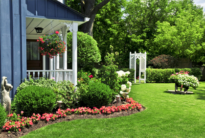 Best Garden Ideas for the Front Yard Designs & Photos