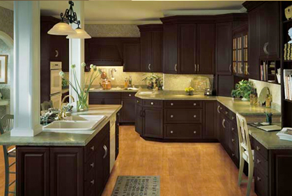 Choosing Kitchen Colors If you are designing kitchen cabinet colors, you can make the process simple by choosing cabinet resurfacing to change the color. Cabinets can be refaced by ...