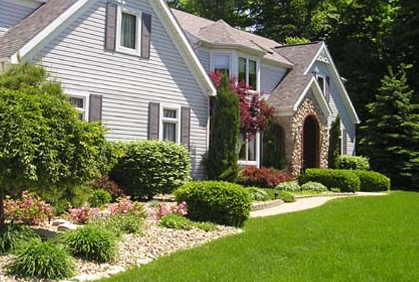 Cheap landscaping ideas for front yard fabulous front for Cheap landscaping ideas for front yard
