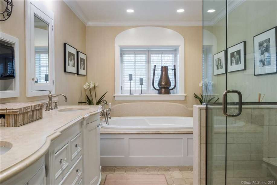 Small Bathroom in a Basement Design Ideas, Plans, & Pic