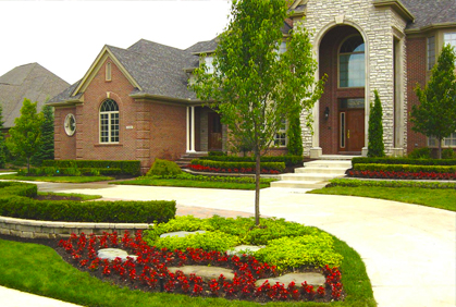 Front Yard Landscaping Ideas with Landscape Pictures &