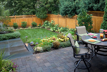 Small Backyard Designs - Landscape Pictures & Ideas on Small Backyard Layout id=60574