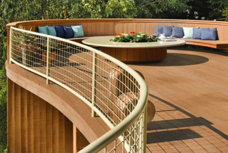 Wood Deck & Railings