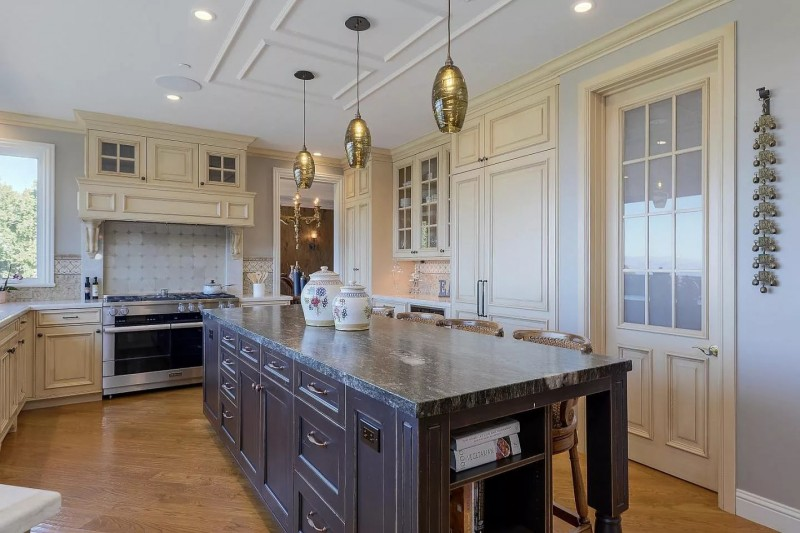 Traditional Kitchens 2020