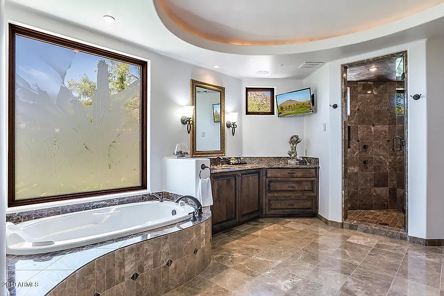 Master Bathroom Layout Ideas | Top 50 Pictures